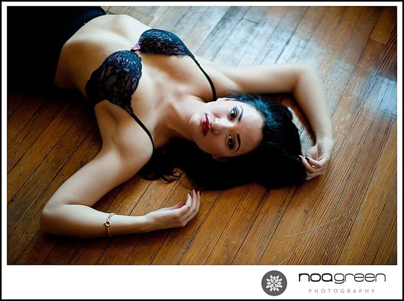NY Boudoir Photographer | Tri-age boudoir shots!