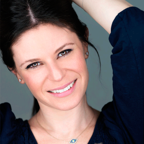 jennifer-rosenbaum-headshot-triple-scoop-music-licensing